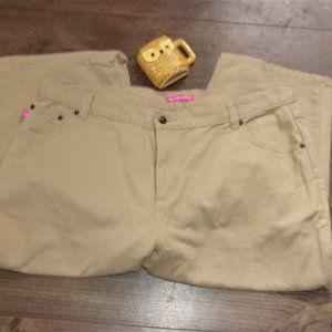 size 20 wide tan capris  denim jeans womens pants